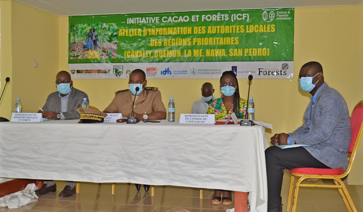 The cocoa and forest initiative explained to local authorities in the Cavally and Guemon regions